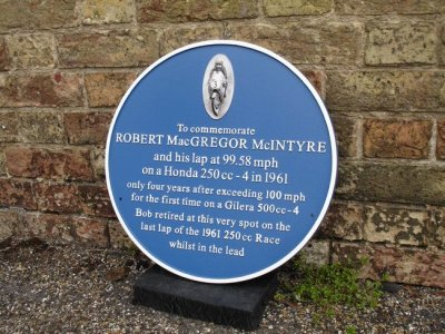 Ian Huntly's Wonderful Commemoratiove Plaque